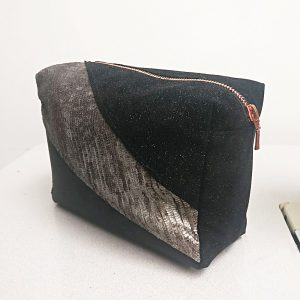 THE LONDON LEATHER WORKSHOP - sparkly make up bag