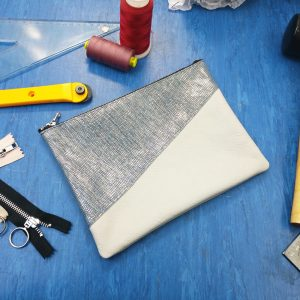 THE LONDON LEATHER WORKSHOP - split clutch bag